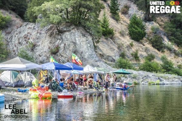 River camp © Lee Abel