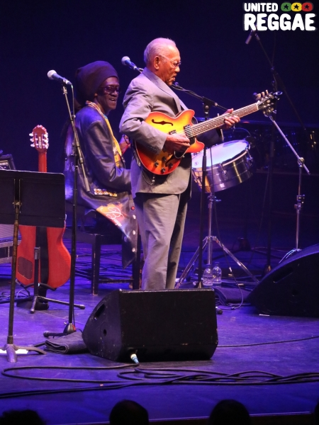 Ernest Ranglin and Cheikh Lo © Veronique Skelsey
