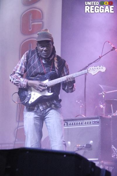 Guitarist Right Move © Steve James