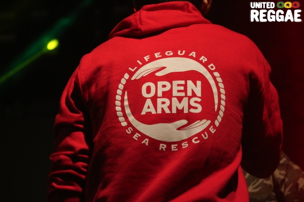 Open Arms © Veronique Skelsey