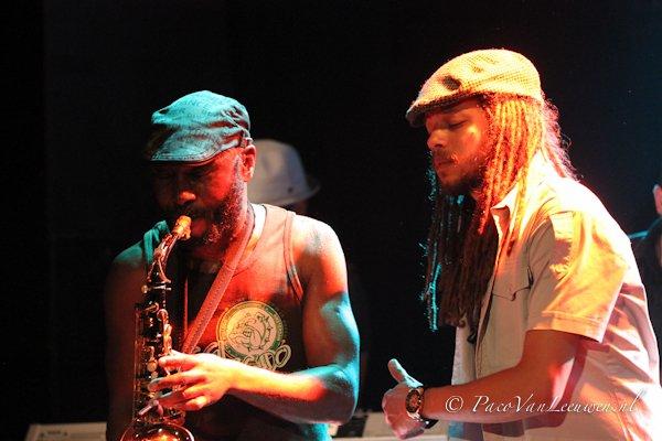 Ziggi Recado and The Renaissance Band © Paco van Leeuwen