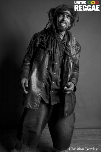 Edouard (Ziggi Recado drummer) © Christian Bordey