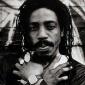 Earl 16 sings Reggae Music